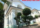 บ้านเดี่ยวภาณุ กาญจนาภิเษก-บรมราชชนนี 64ตร.ว. สภาพดี บรรยากาศร่มรื่น โครงการดูแลดี ไม่เสียค่าส่วนกลาง - DDproperty.com