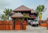 บ้านไม้ทรงไทย 5.9 ล้านบาท อากาศปลอดโปร่ง มีวิวธรรมชาติ อยู่ข้างโรงเรียนธรรมโชติ - DDproperty.com