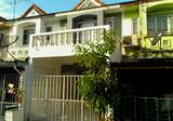 ขายทาวน์เฮาส์ 2 ชั้น 1,090,000 บาท ซ.หทัยราษฎร์39  หมู่บ้านเคซี 1   จัดสินเชื่อธนาคารให้ฟรี เจ้าของขายเอง บ้านสวย สภาพดี  สภาพแวดล้อมดี ใกล้แหล่งชุมชน  ทางด่วนเข้าเมือง หรือไปบางประอิน-บางนา มอเตอร์เวย์ไปชลบุรี-พระราม 9 เข้าเมือง - DDproperty.com