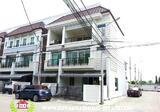 ทาวน์เฮ้าส์ 3 ชั้น 27.9 ตารางวา บ้านกลางเมือง ถนนกรุงเทพ-กรีฑา - DDproperty.com
