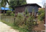 ขายที่ดิน มีบ้านเก่า หน้าวัดสระแท่น อำเภอนาดี 800,000 - DDproperty.com