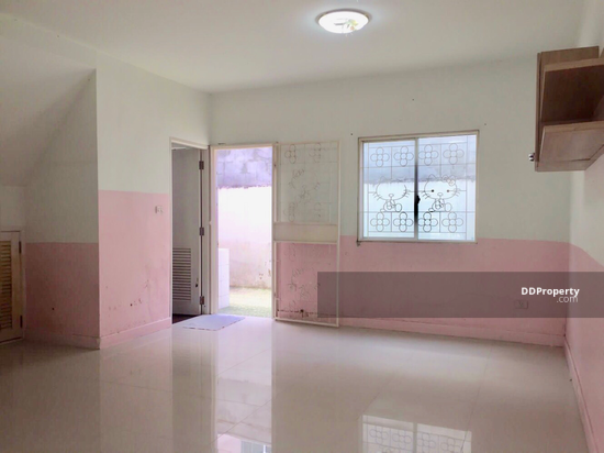 3 Bedroom Townhouse in Bang Bua Thong, Nonthaburi  68433460