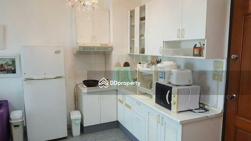Sathorn House Condominium #89437658