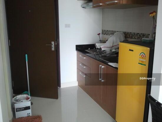 1 Bedroom Condo in Phra Khanong, Bangkok  3652103