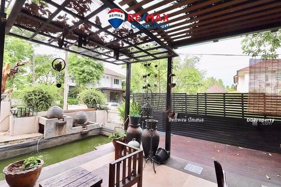 3 Bedroom Detached House in Saphan Sung, Bangkok  68324788