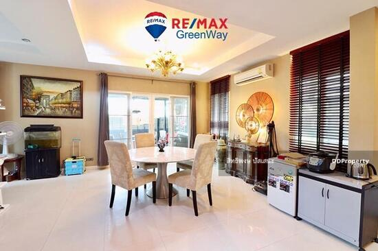 3 Bedroom Detached House in Saphan Sung, Bangkok  68324792