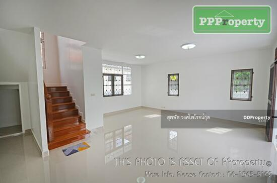 3 Bedroom Detached House in Khlong Luang, Pathum Thani  68722681