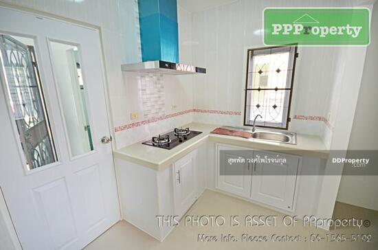 3 Bedroom Detached House in Khlong Luang, Pathum Thani  68722690