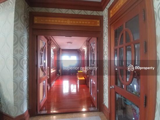 6 Bedroom Detached House in Bang Plee, Samut Prakan  71109359