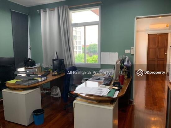 ขาย บ้านเดี่ยว ทองหล่อ 25 รีโนเวทใหม่ 70 ตร.ว. สามารถทำเป็น ออฟฟิศ House for sale new renovation, 70 sq.w., Thonglor 25.  69173492