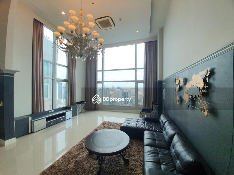 Circle Condominium #86713878